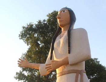 Image of Pocahontas Statue