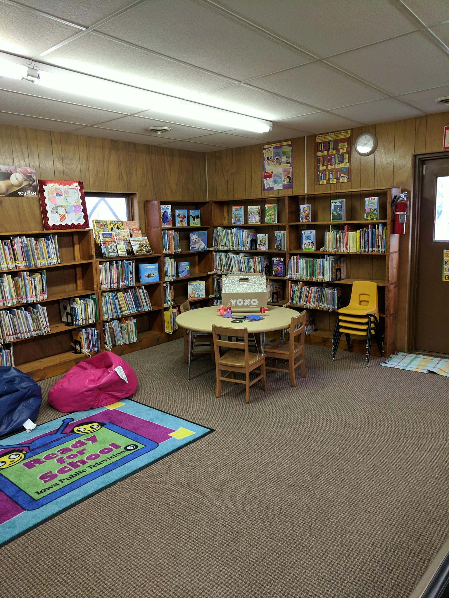 Photo of Havelock Public Library interior