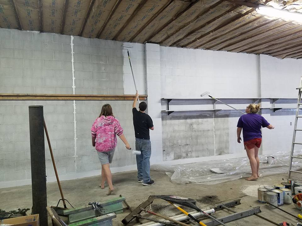 Volunteers help with Paint Iowa Beautiful grant project in Havelock
