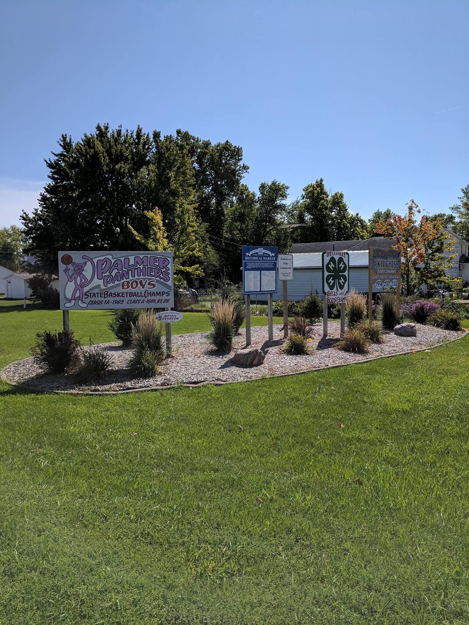 Palmer city signs